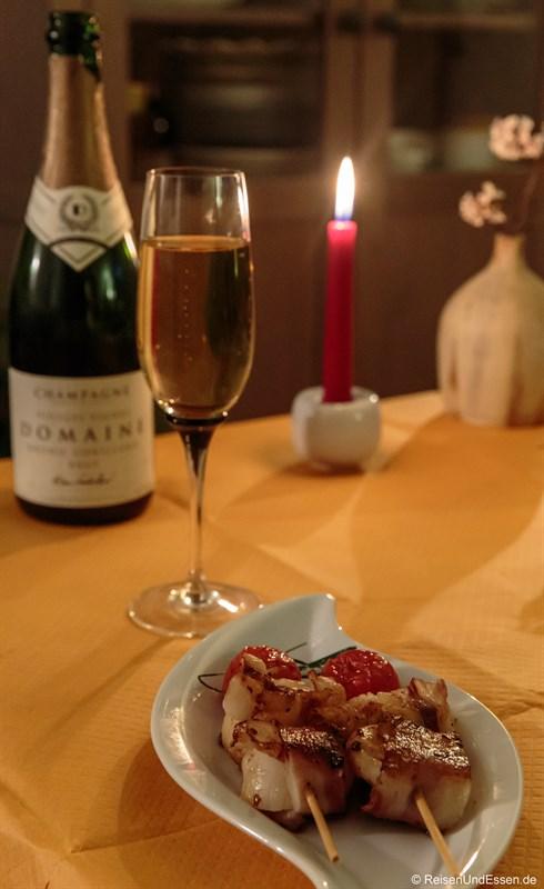 Jakobsmuscheln mit Ladoschinken und Champagner