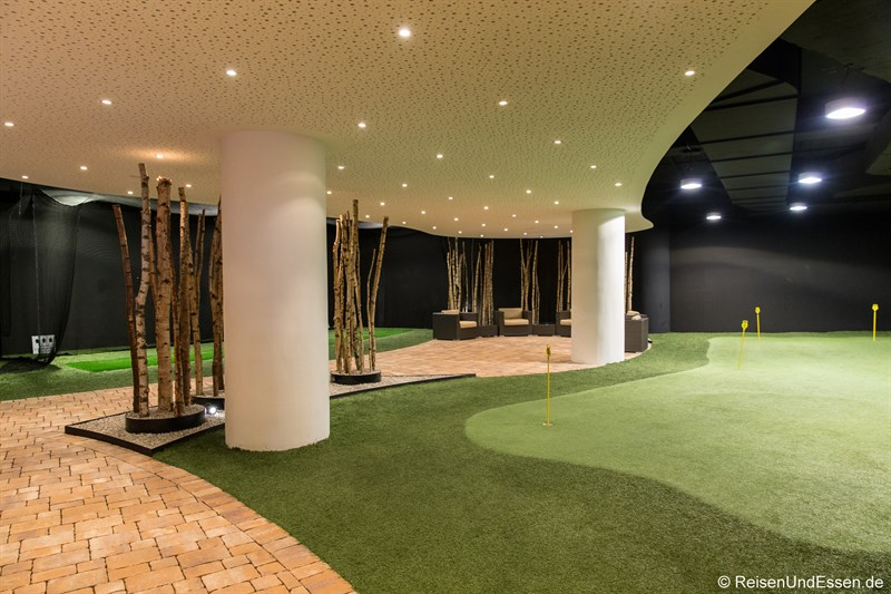 Indoor-Golf im Interalpen-Hotel Tyrol