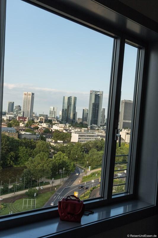 Blick aus dem Superior Zimmer im Maritim Hotel Frankfurt