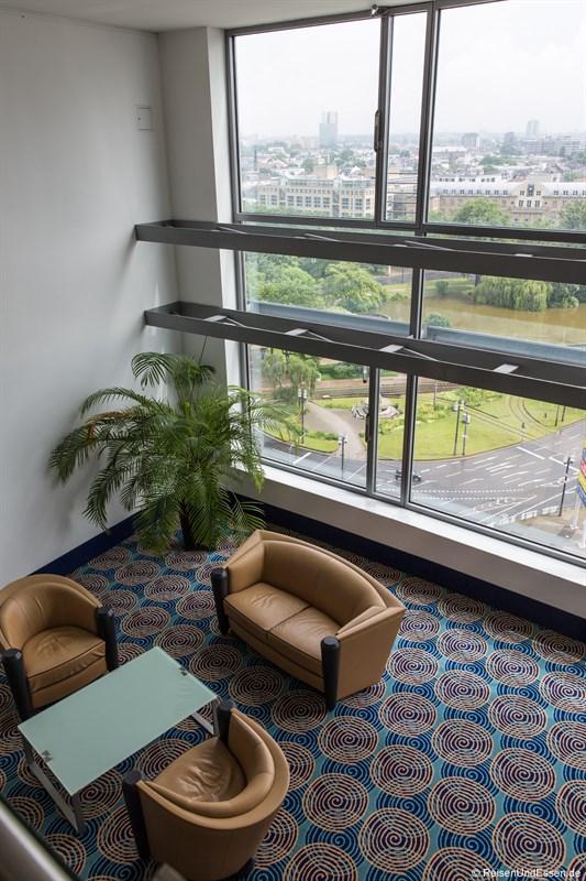Skylounge im 6. Stock