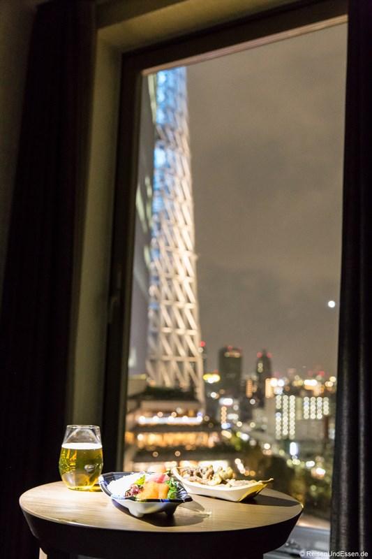 Blick vom Hotelzimmer auf Tokyo Skytree