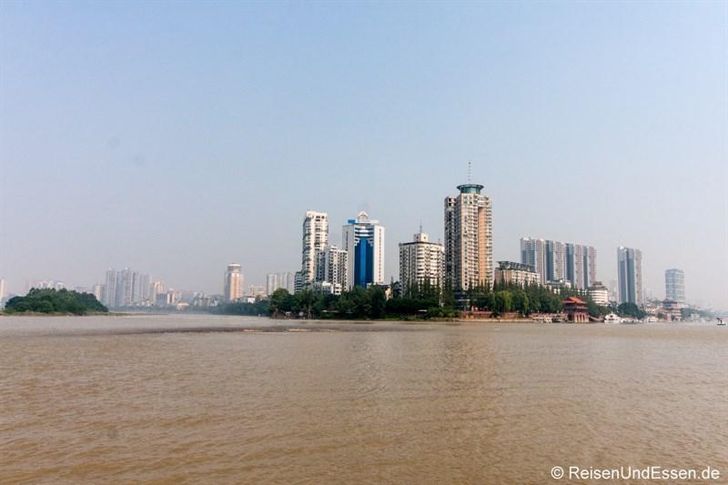 Zusammenfluss der Flüsse in Leshan