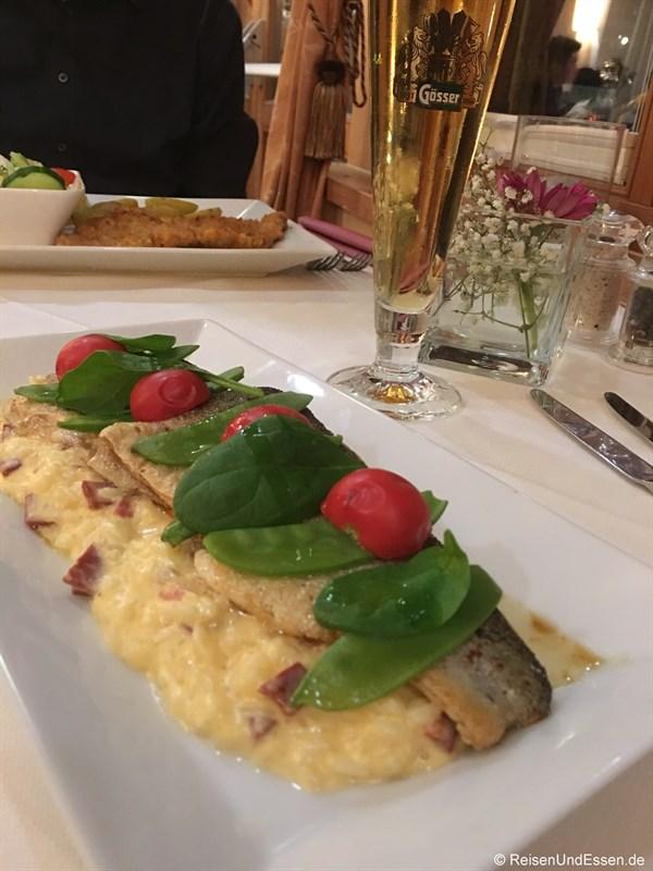 Forellenfilet auf Risotto im Restaurant Im Kainz