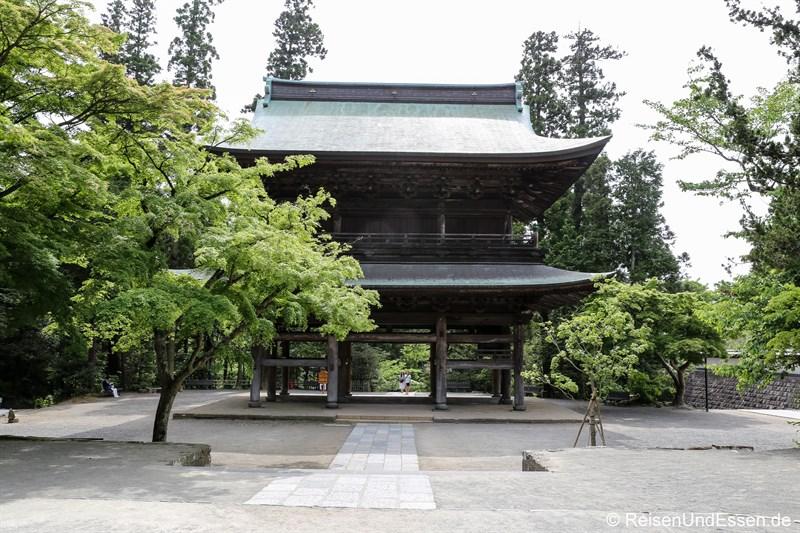 Haupttor Sammom im Engaku-ji Tempel