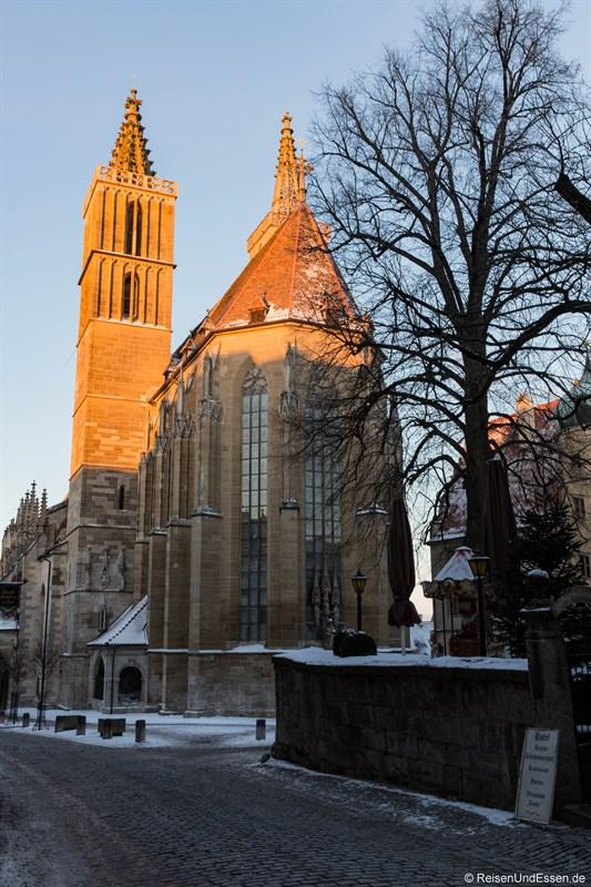 St. Jacobs Kirche in Rothenburg zum Sonnenaufgang