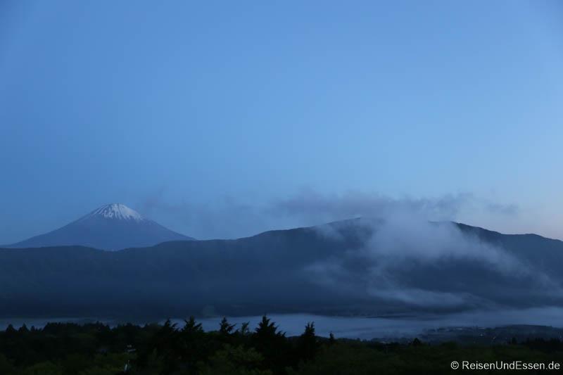 Sonnenaufgang am Vulkan Fuji um 4:15 Uhr