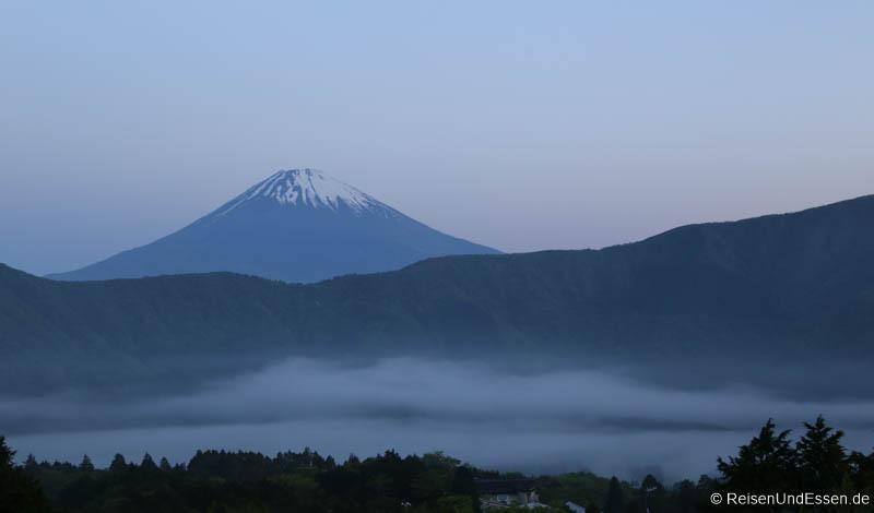 Sonnenaufgang am Vulkan Fuji um 04:35 Uhr