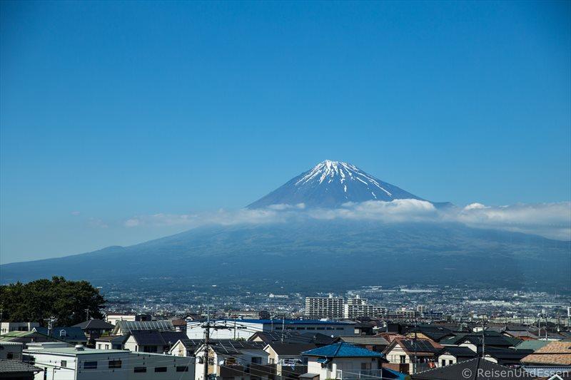 Blick auf Fuji vom Zug