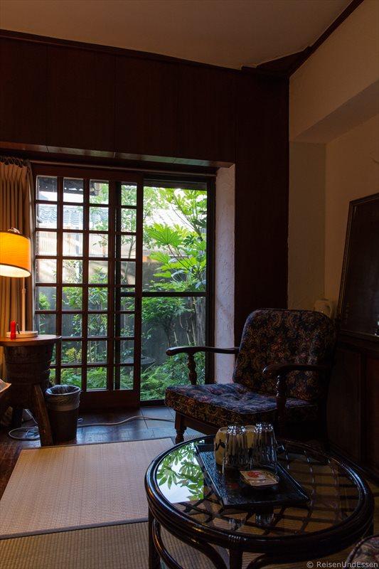 Zimmer im traditionellen Stadthaus bei der Übernachtung in Kyoto