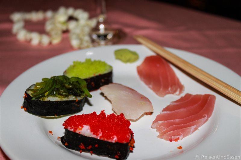Sushi beim Weihnachtsdinner im Orchidacea Resort auf Phuket