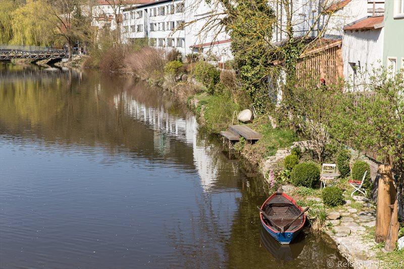 Boot in der Altmühl in Eichstätt
