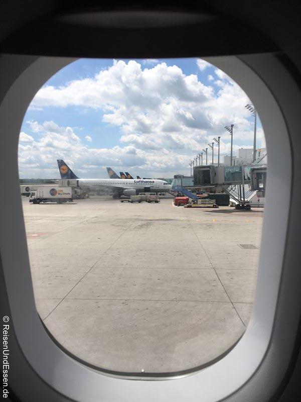 Start der Reise am Flug München