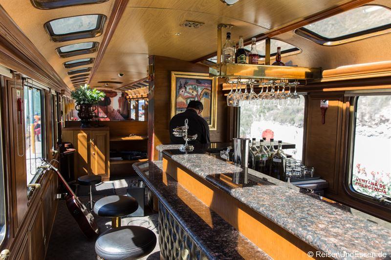 Salonwagen mit Bar von Inca Rail