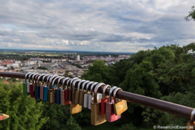 Blick vom Aussichtsturm bei der Wilhelmsburg