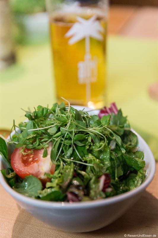 Beilagensalat im Restaurant Zunfthaus der Schiffleute