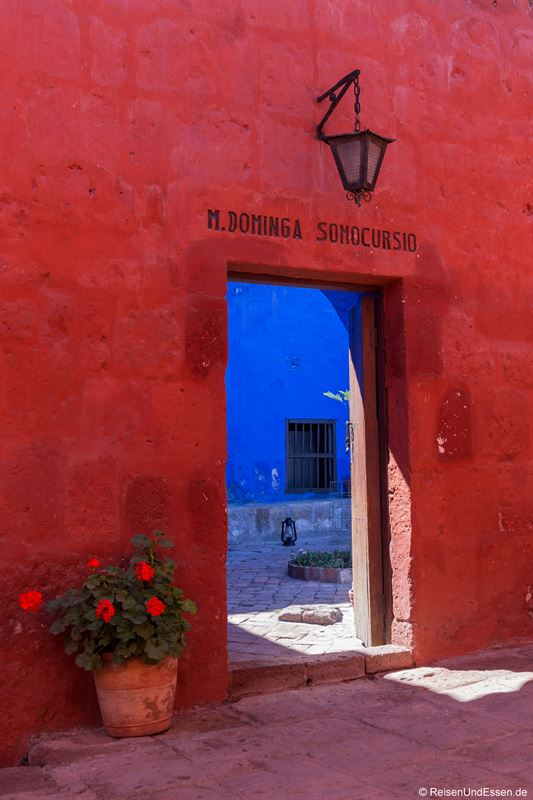 Eingang im Kloster Santa Catalina in Arequipa