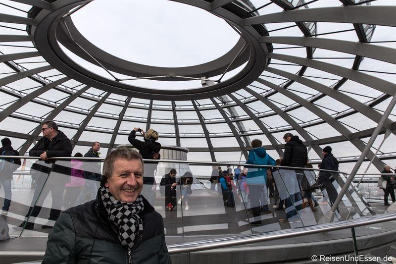 In der Reichstagskuppel in Berlin