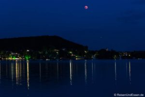 Mondfinsternis und Feuerwerk am Wörthsee