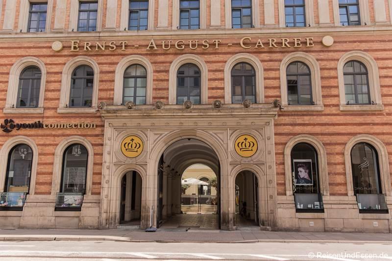 Eingang zum Ernst-August-Carree