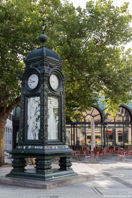 Uhr am Kröpcke in Hannover