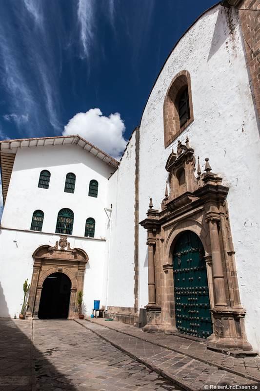 Gasse im historischen Zentrum in Cusco