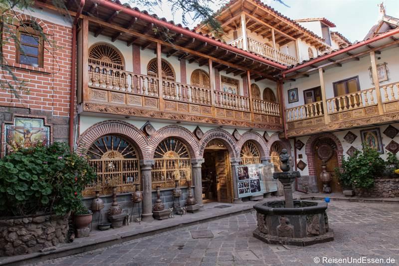 Innenhof im historischen Zentrum in Cusco