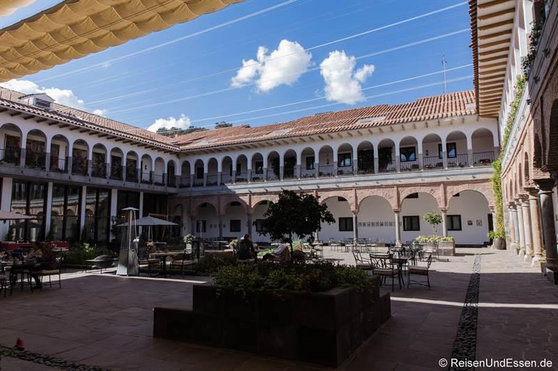 Innenhof im Hotel Marirott in Cusco