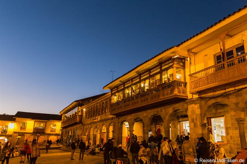 Plaza Mayor in Cusco bei Nacht