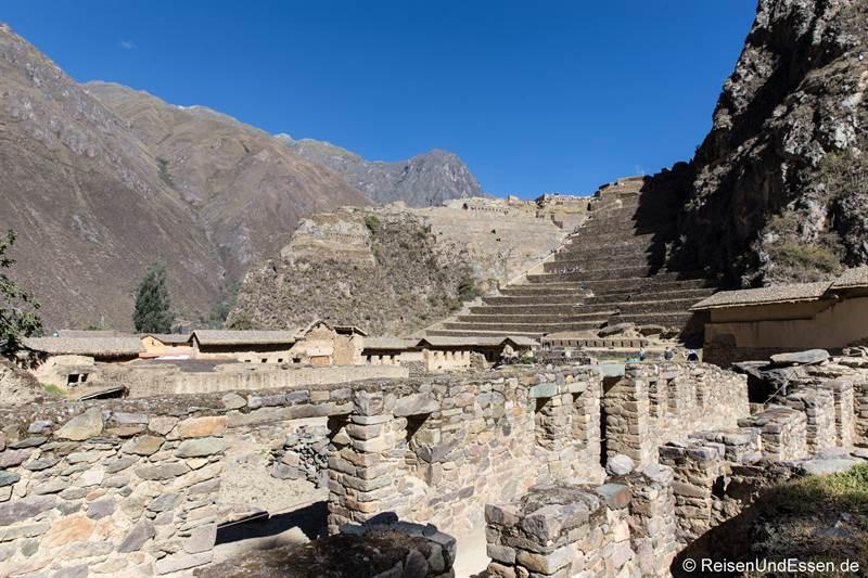 Inkaruinen von Ollantaytambo in Peru