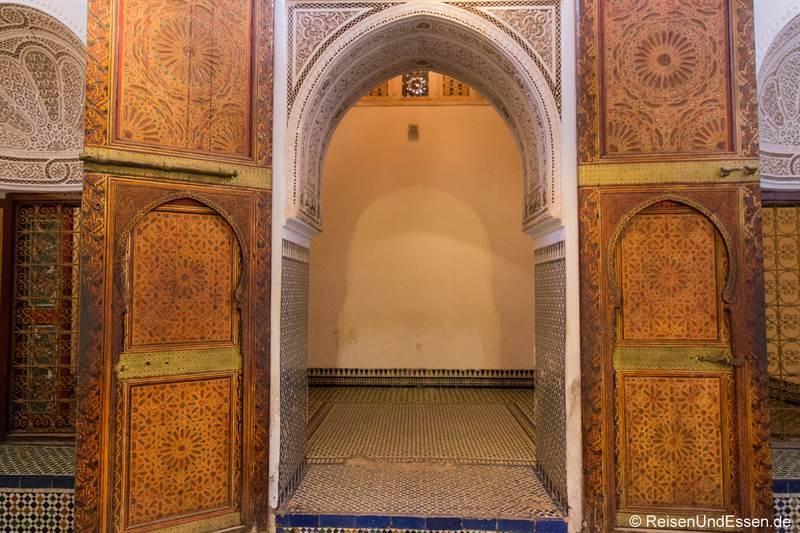 Tor im Bahia Palast in Marrakesch - Sehenswürdigkeiten in Marrakesch