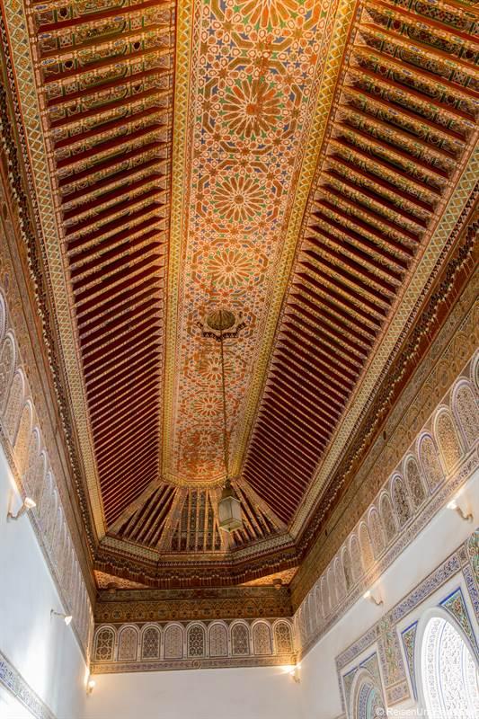 Dach im Bahia Palast in Marrakesch