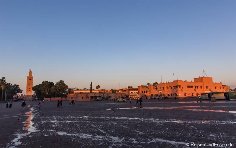 Djemaa el Fna - Sehenswürdigkeiten in Marrakesch