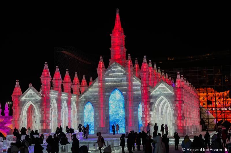 Kirche beim Eisfestival in Harbin