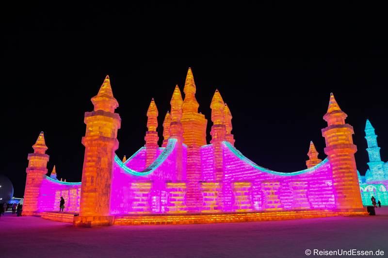 Palast beim Eisfestival in Harbin