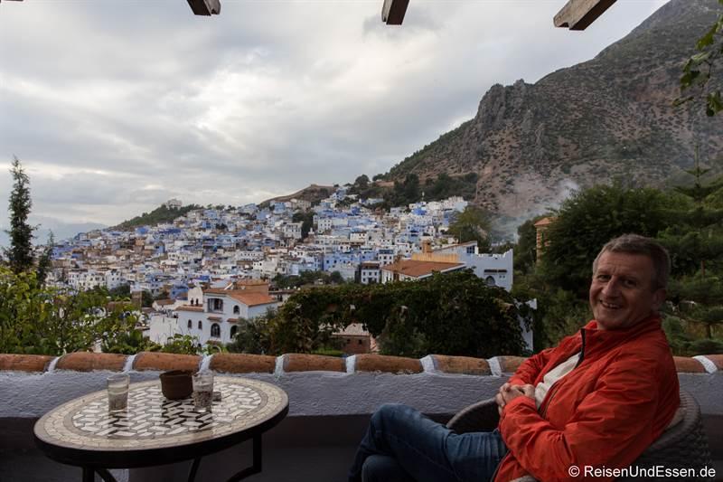 Aussicht von der Terrasse im Hotel Dar Chefchaouen