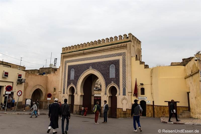 Stadttor Rcif in die Medina in Fes