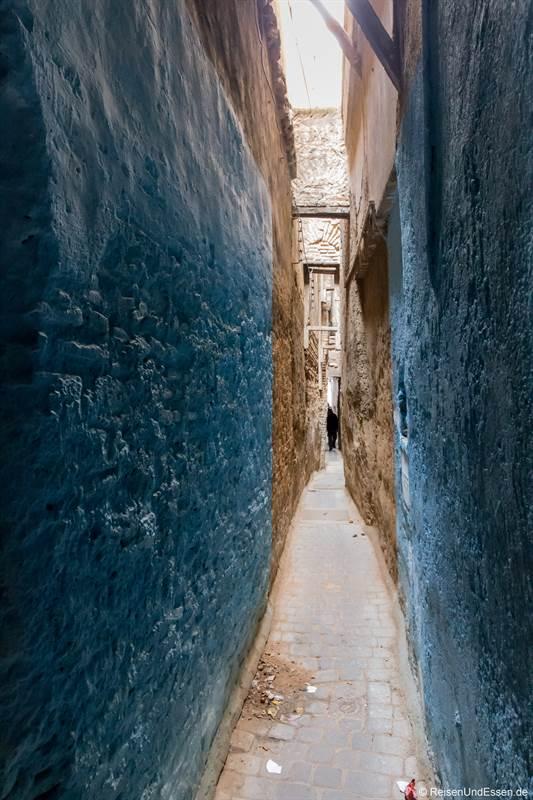 Enge Gasse in der Medina von Fes - Sehenswürdigkeiten in Fes