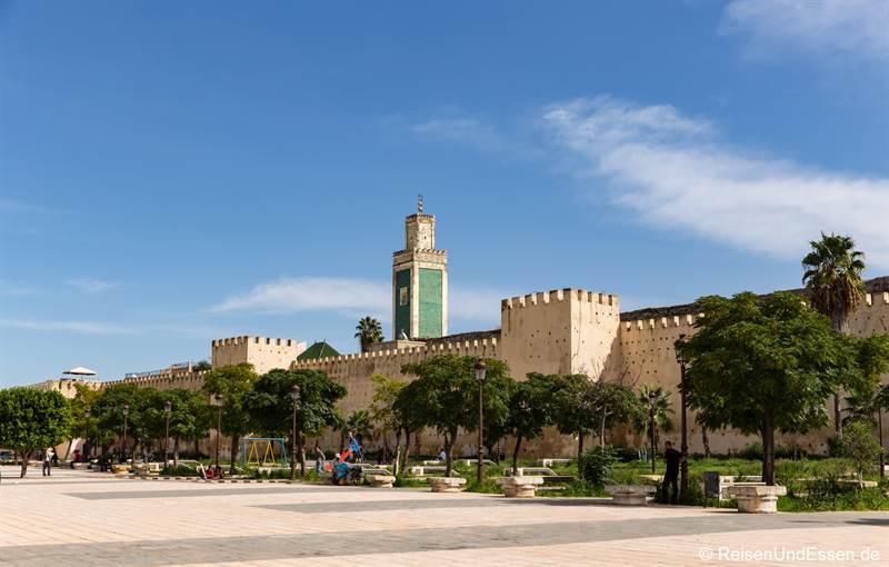 Große Moschee und Stadtmauer