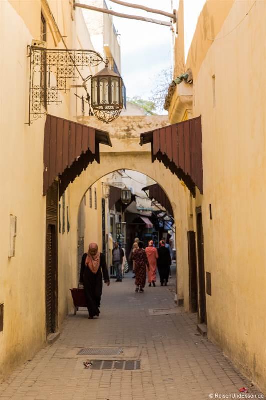 Gasse in der Medina von Meknes