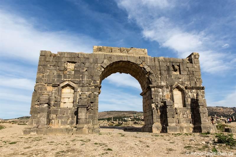 Triumphbogen oder Caracalla-Bogen
