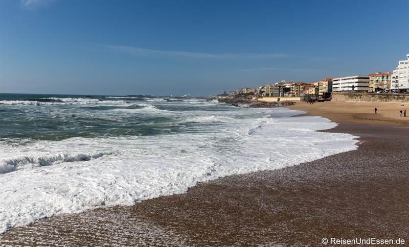 Strand Gondarem bei Porto