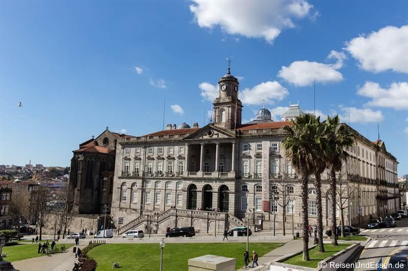 Palácio da Bolsa - Sehenswürdigkeiten in Porto