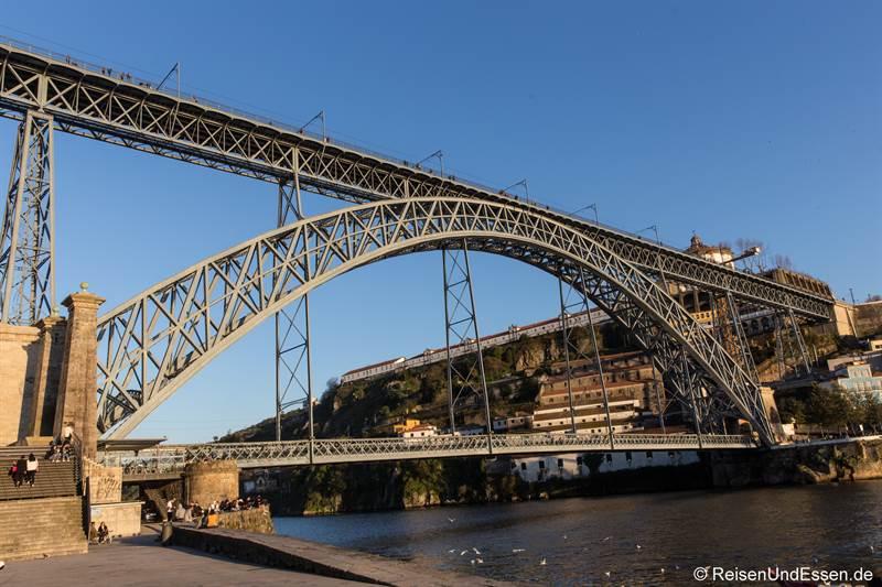 Ponte Luis I - Sehenswürdigkeiten in Porto