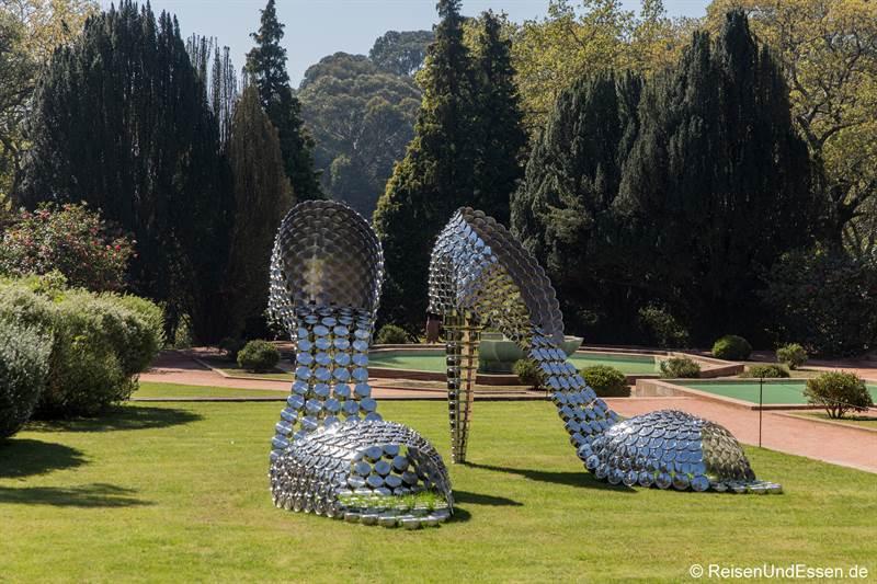 High Heels im Park von Serravales in Porto