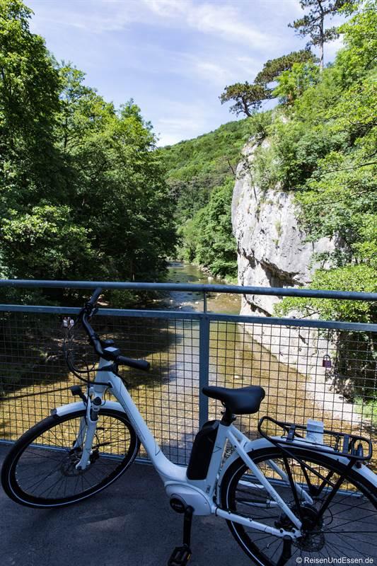 Mit dem E-Bike durch das Helenental