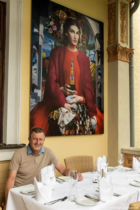 Fotografie von Cooper & Gorfer auf der Terrasse vom Hotel Schloss Weikersdorf