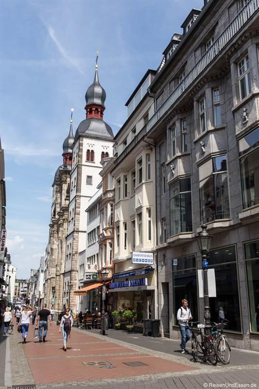 Gasse in der Innenstadt von Bonn