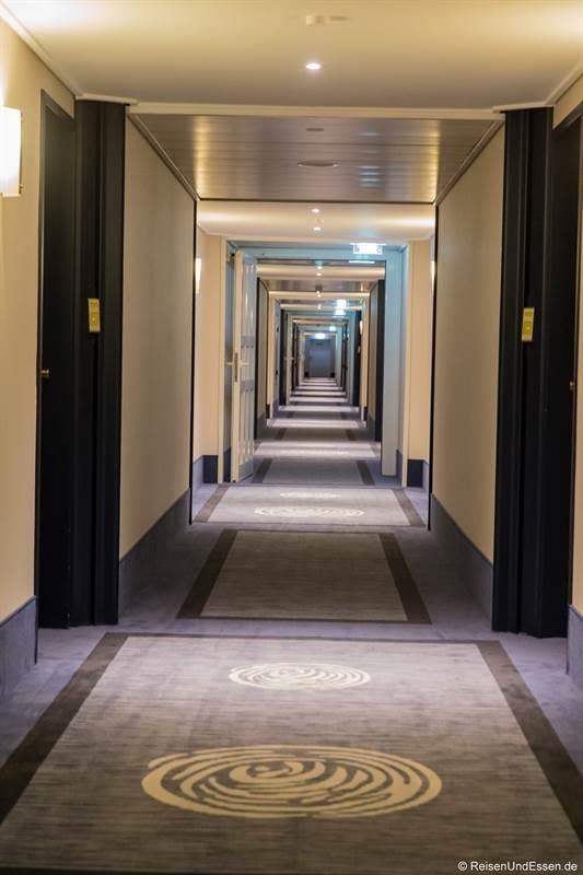 Flur im 6. Stock im Maritim Hotel Bonn