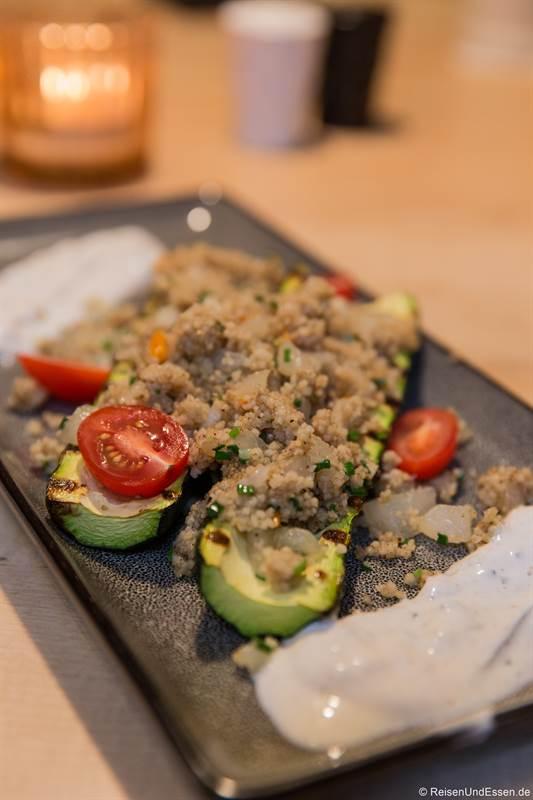 Zucchini mit Couscous als Vorspeise