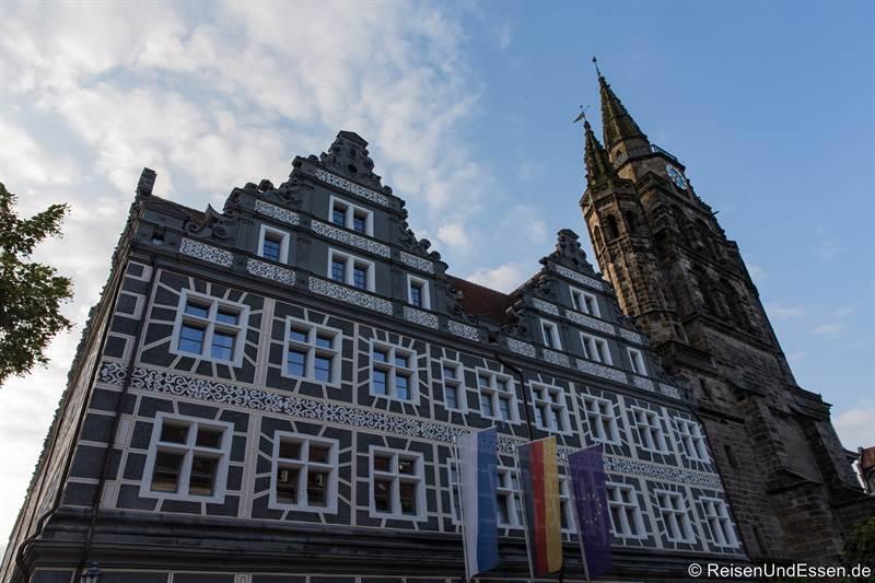 Gerichtsgebäude und Kirche St. Gumbertus in Ansbach